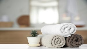 TOWEL FOLDING METHODS TO Beautify BATH DECORATION